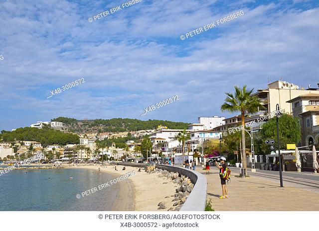Beach promenade, Carrer del Marina, Port de Soller, Mallorca, Balearic islands, Spain