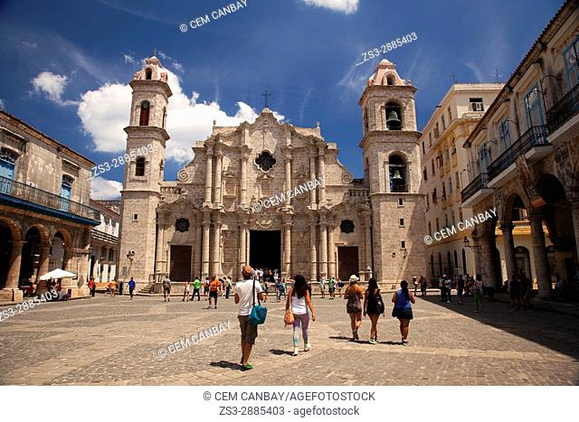 View to the the Cathedral Square- Plaza de la Catedral in Old Havana- Havana Vieja, La Habana, Cuba, West Indies, Central America
