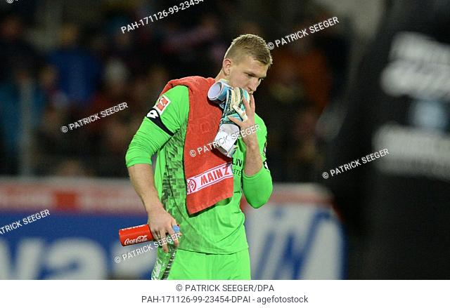 Mainz' Robin Zentner looks disappointed after the 1-2 defeat after the German Bundesliga soccer match between SC Freiburg and FSV Mainz in Freiburg im Breisgau