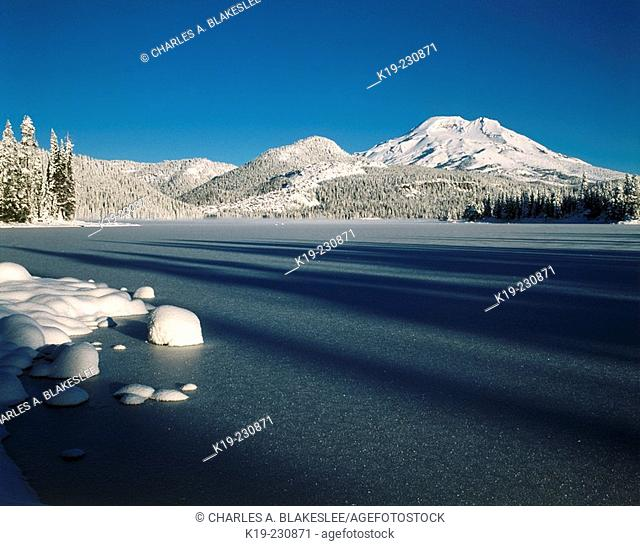 Fresh winter snow covers South Sister and Sparks Lakes. Deschutes National Forest. Oregon. USA