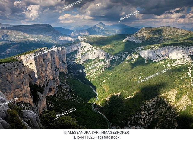 Gorges du Verdon, Verdon Gorge, Parc Naturel Regional du Verdon, Verdon Natural Regional Park, Provence, Provence-Alpes-Cote d'Azur, France