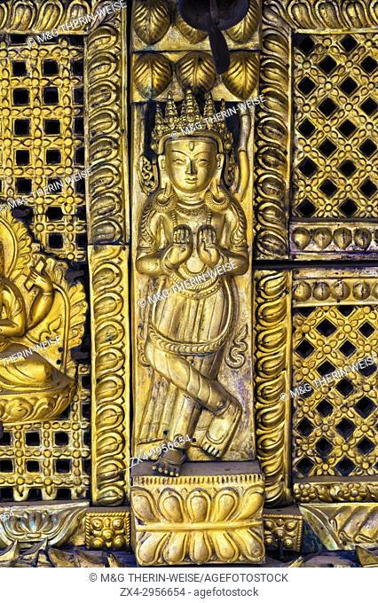 Golden statue, Swayambunath or Monkey Temple, Unesco World Heritage Site, Kathmandu, Nepal, Asia