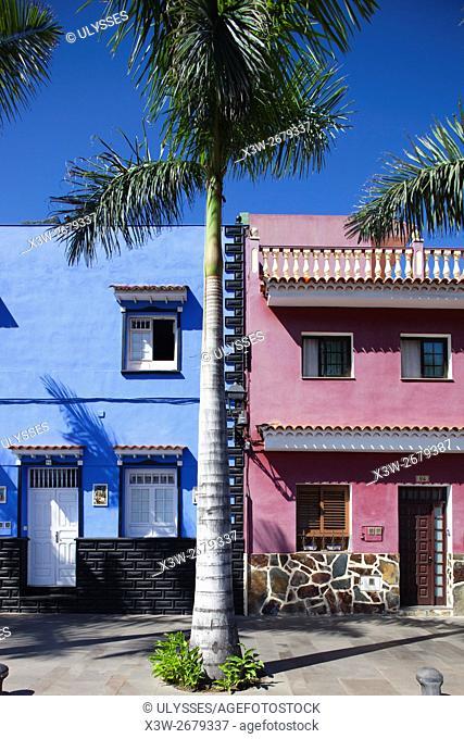 Houses in Calle de Mequines, Puerto de la Cruz town, Tenerife island, Canary archipelago, Spain, Europe