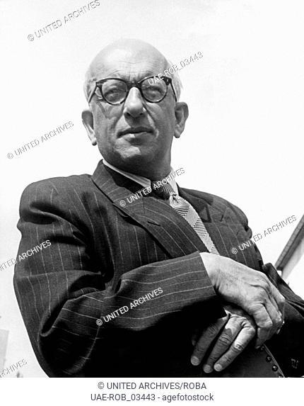 Der deutsche Kabarettist, Schauspieler und Schriftsteller Werner Finck, Hamburg Mitte 1970er Jahre. German cabaret artist, actor and author Werner Finck