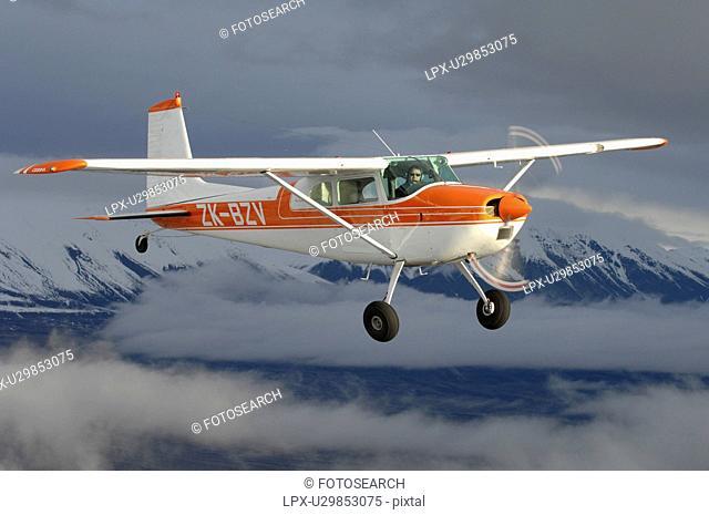 Cessna 180 near Lake Tekapo, New Zealand