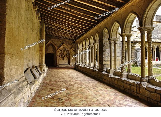 Monolithic church cloister, Saint-Emilion Bordeaux wine region. Aquitaine Region, Gironde Department. France Europe