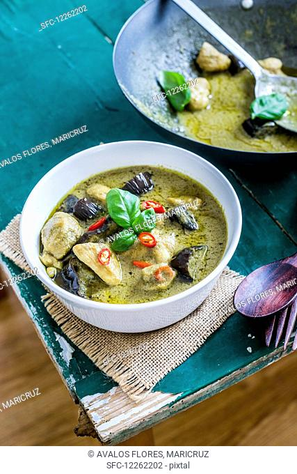 Thai green curry with pork, chicken and shrimp