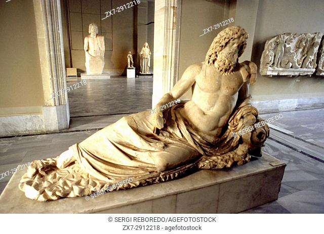 Archaeological museum. Sculpture gallery of periods Roman and hellenic. Istanbul, Turkey