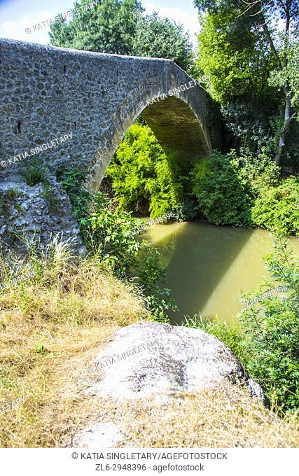 The Trois-Sautets bridge was made famous by the painter Paul Cezanne. It is a bridge spanning the Arc River to the south-east of the city of Aix-en-Provence