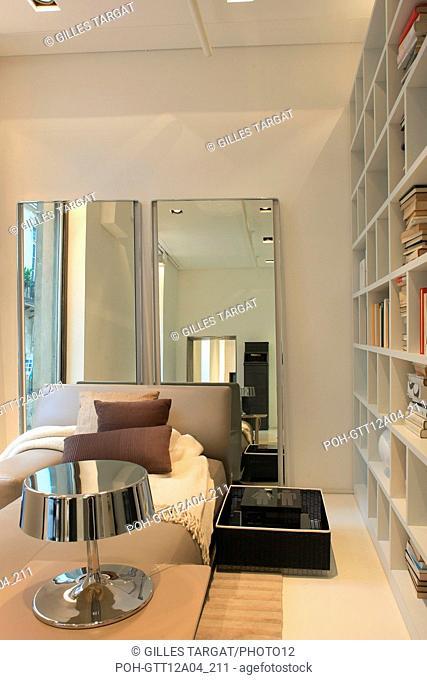 France, ile de france, paris 7e arrondissement, 6 rue des saint peres, showroom molteni, design, edition de mobilier, decoration