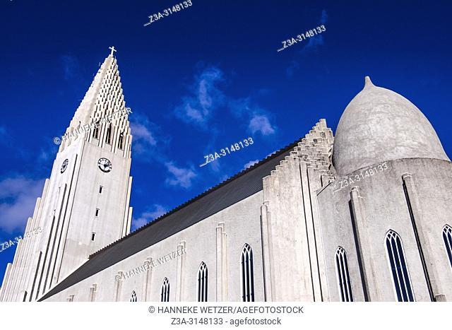 Hallgrímskirkja, church of Hallgrímur, designed by architect Guðjón Samúelsson, Reykjavik, Iceland