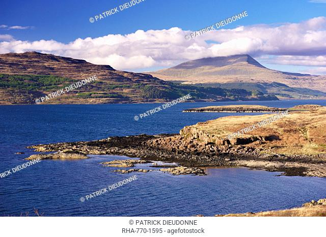 Loch Scridain and Ben More in the distance, Isle of Mull, Inner Hebrides, Scotland, United Kingdom, Europe
