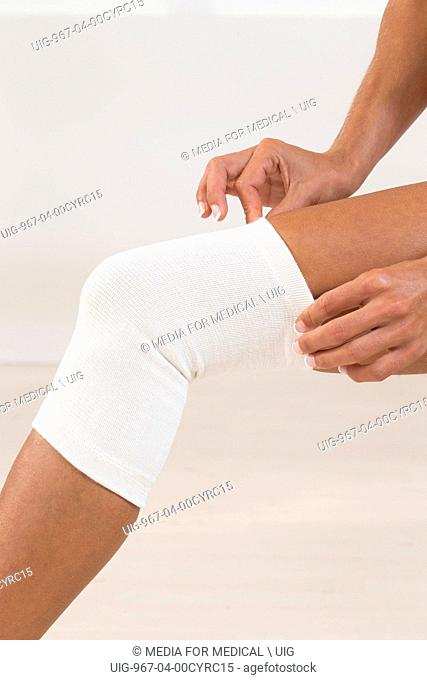 Knee support woman