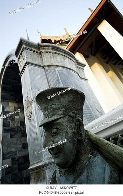 Thailand, Bangkok, Wat Mahathat in Ratanakosin, stone sculptures
