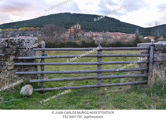 """Vinuesa village at sunset, Parque Natural """"""""Laguna Negra y Circos Glaciares de Urbión"""""""", Soria province, Castilla y Leon, Spain, Europe"""