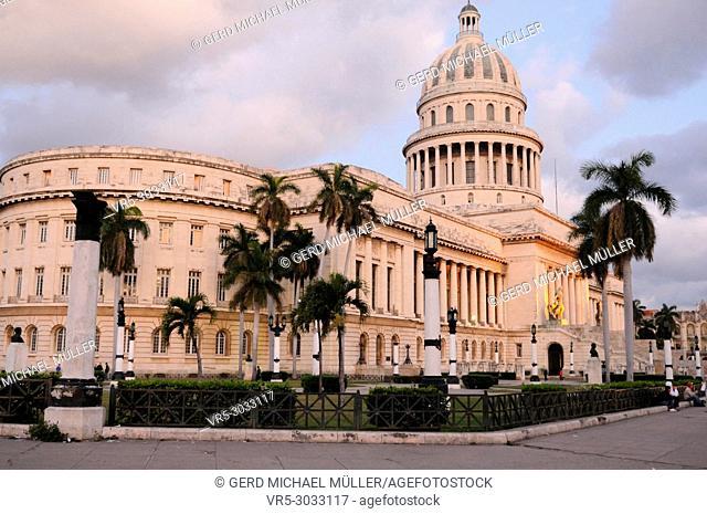 Cuba: The Capitolio in Havanna
