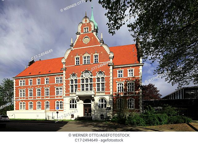 Germany, Herne, Ruhr area, Westphalia, North Rhine-Westphalia, NRW, D-Herne-Wanne, city hall Wanne-Eickel, former Amt Wanne, brick building, neo renaissance