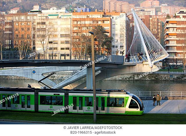 View of «Pasarela de Uribitarte« bridge, also called «Zubi-Zuri« (means white bridge in Basque), designed by Santiago Calatrava. Bilbao