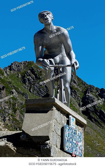 Le Geant, Octave Lapize, Col Du Tourmalet, Hautes Pyrenees, France