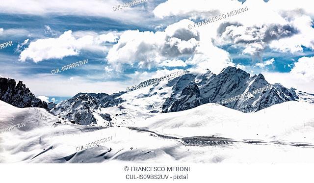 Snow covered Dolomites, Wolkenstein, Trentino-Alto Adige (Sudtirol), Italy