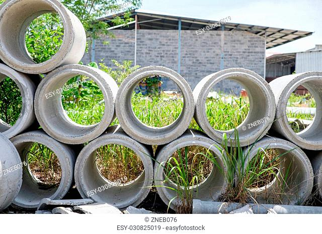 Arrange of cement pipe at outdoor stock warehouse