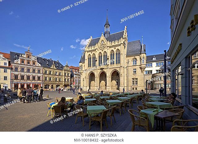 Fischmarkt square with Haus zum Breiten Herd and City Hall in Erfurt, Thuringia, Germany, Europe