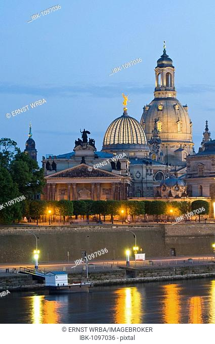 View on the baroque old part of town with the cuppola of the Frauenkirche Church of Our Lady, Bruehlsche Terrassen terraces at dusk, Dresden, Saxony, Germany