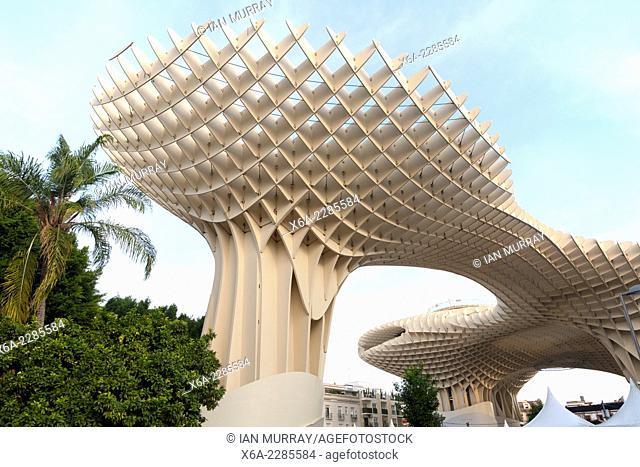 Metropol Parasol wooden structure in Plaza La Encarnación, Seville, Spain, architect Jürgen Mayer-Hermann completed 2011