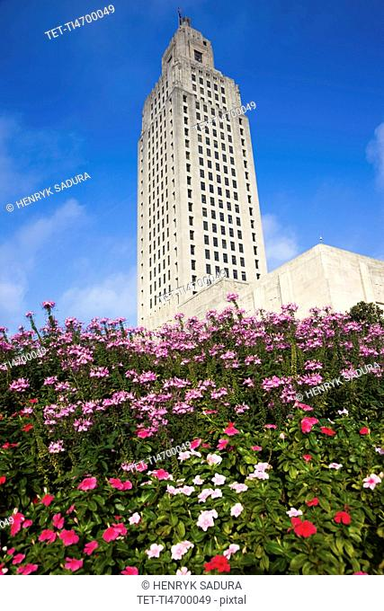 USA, Louisiana, Baton Rouge, State Capitol Building with flowers