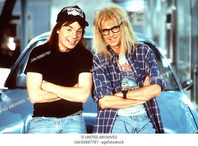 WAYNE'S WORLD In einem kleinen Keller produzieren die Heavy-Metal-Freaks Wayne (MIKE MYERS) und Garth (DANA CARVEY) ihre völlig abgedrehte