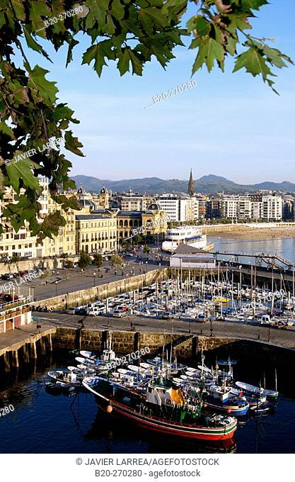 Port and Bahía de la Concha. View from Monte Urgull. San Sebastian (Donostia). Guipuzcoa. Basque Country. Spain