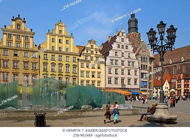 Fountain, Main Market Square, Wroclaw, Poland