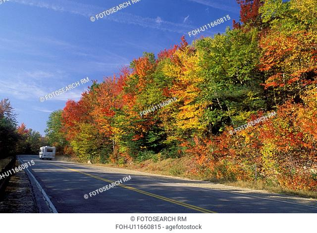 NH, road, New Hampshire, White Mountain National Forest, Merrimack River Valley, Scenic Kancamagus Highway surrounded by colorful fall foliage in the autumn in...