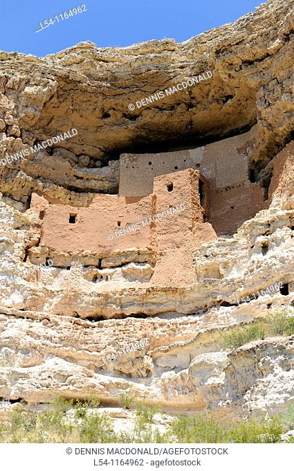 Cliff Dwellings of Sinagua Indians Montezuma Castle National Monument Arizona