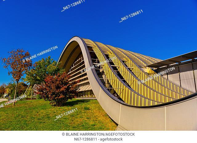 Exterior of the Zentrum Paul Klee art gallery by Italian architect Renzo Piano, Bern, Canton Bern, Switzerland