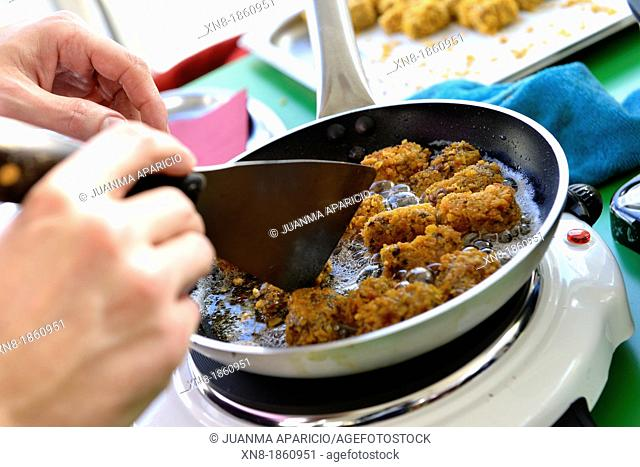 Cooking croquettes