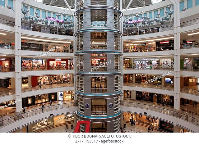 Malaysia, Kuala Lumpur, Suria KLCC Shopping Centre interior