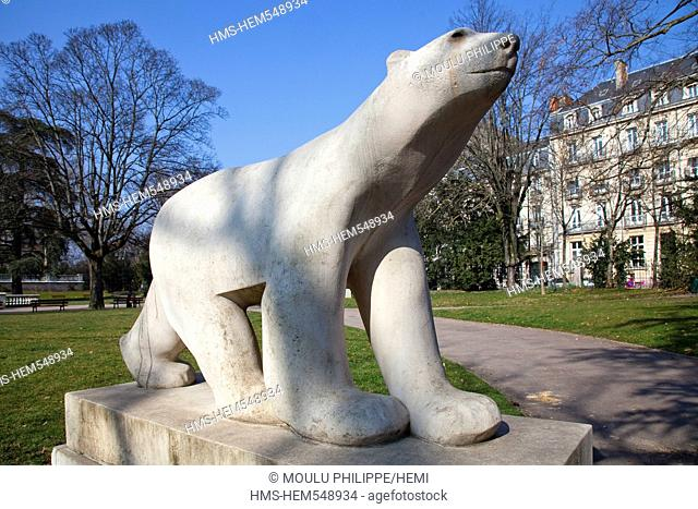 France, Cote d'Or, Dijon, Square Darcy, L'Ours Blanc The White Bear scuplture by Francois Pompom wildlife sculptor
