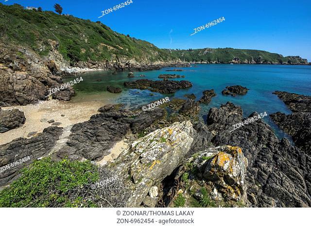 Eine wunderschöne Bucht in der Nähe der Fermain Bay, Guernsey. A beautiful Bay near Fermain Bay, Guernsey