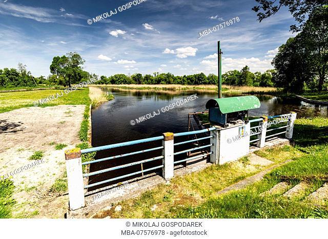 Europe, Poland, Podlaskie Voivodeship, Debowo lock - Augustow Canal