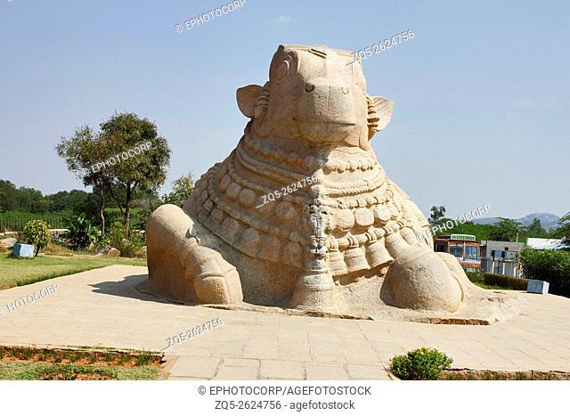 Large granite monolithic Nandi bull, Lepakshi, Anantapur District, Andhra Pradesh, India