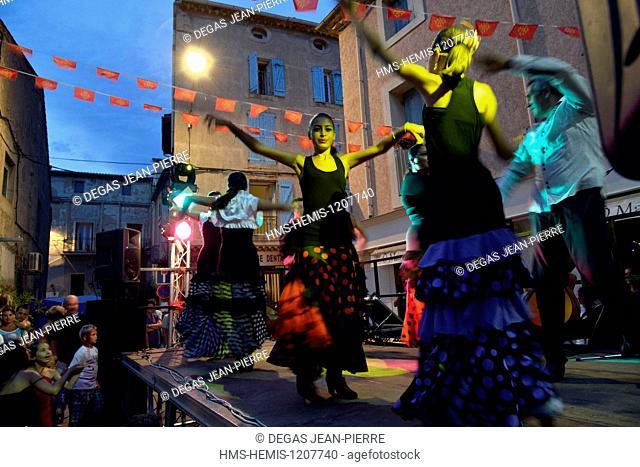 France, Herault, Serignan, Place de la Liberation, annual Feria, dance show of Flamenco