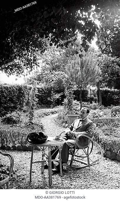Alessandro Bonsanti sitting in his garden. Italian writer Alessandro Bonsanti sitting in the garden of his house in Fiesole. Fiesole, 1966