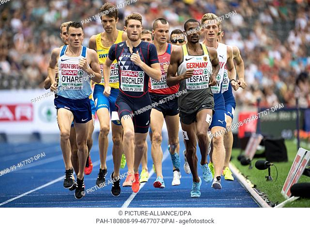 08.08.2018, Berlin: Track and Field: European Championships in the Olympic Stadium: 1500m, preliminary round, Men: Chris OHare (l-r) from Great Britain