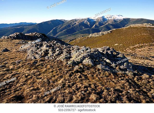 Cuerdas de La Pinilla y Las Mesas from Tiñosa cliff. Sierra Norte. Guadalajara. Castilla la Mancha. Spain. Europe
