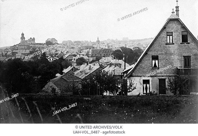 Blick auf die Kleinstadt Simmern im Hunsrück, Deutschland 1920er Jahre. View to the town of Simmern in the Hunsrueck region, Germany 1920s