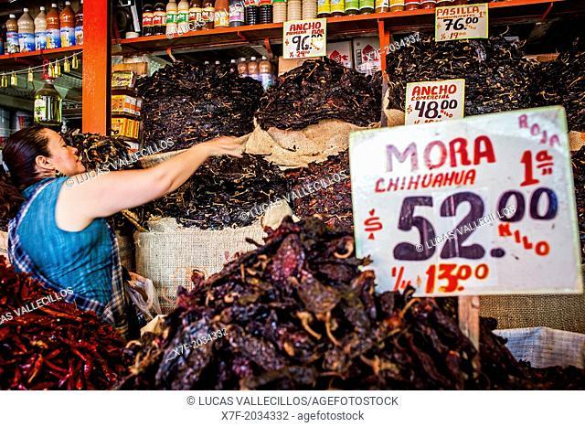 La Merced market, Chile or pepper shop, Mexico City, Mexico