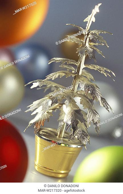 little silver christmas tree