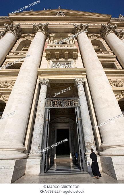 St. Peter's Basilica, Vatican, Rome, Lazio, Italy, Europe