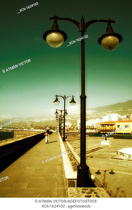 Promenade, waterfront, Puerto de la Cruz, Tenerife, Canary Islands, Spain